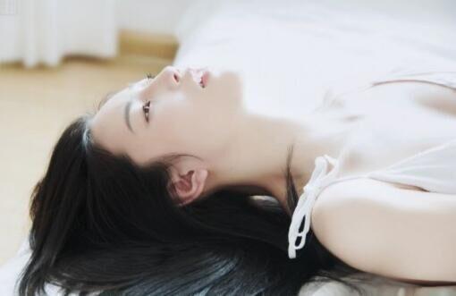 未满18岁勿近1000部视频 www7788成人亚洲成年人欲播免费看